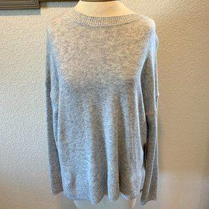 NWT Chelsea 28 Side Split Sweater ~ Grey ~ Small